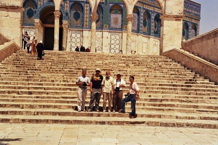 Seyahat ekibimizle birlikte...Soldan sağa: Fevzi Şimşek, Umut Yavuz, Ahmet Efe, Ahmet Kuş, İbrahim Dıvarcı